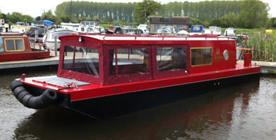 boat hire canal narrowboat